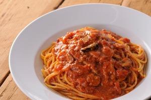 トマトとニンニクのスパゲティ : カプリチョーザ