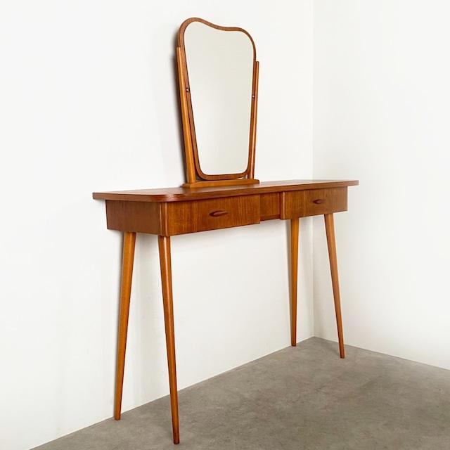 Dressing table / 2009-BU012