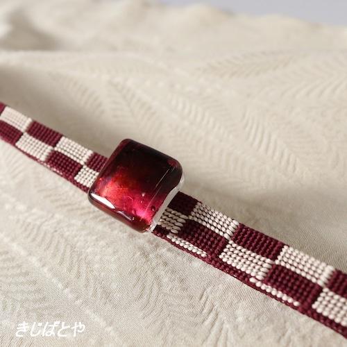 正絹 市松の三分紐ガラスの帯留めつき ジャム