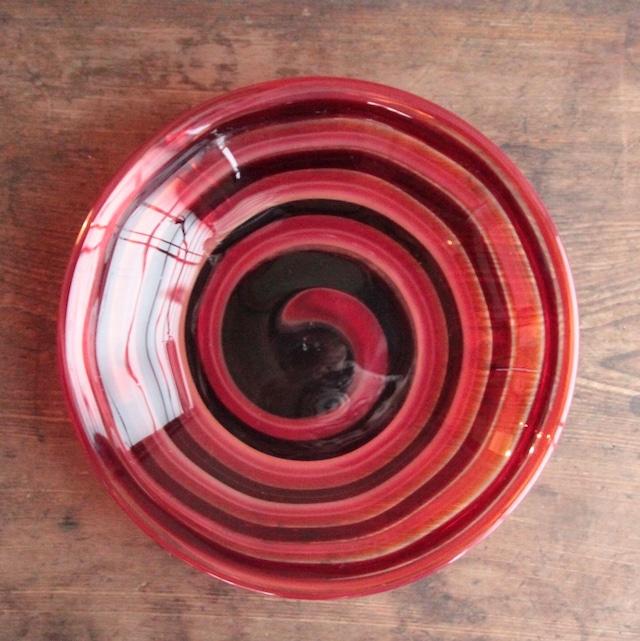 赤渦巻き ガラスコンポート