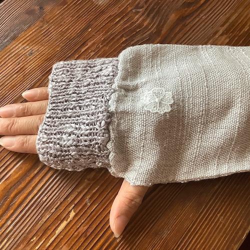手をいたわるシルク手袋