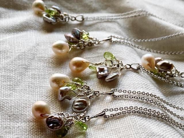 【6月&8月誕生石】ネガティブをはね返すペリドット&淡水パール(真珠)ネックレス