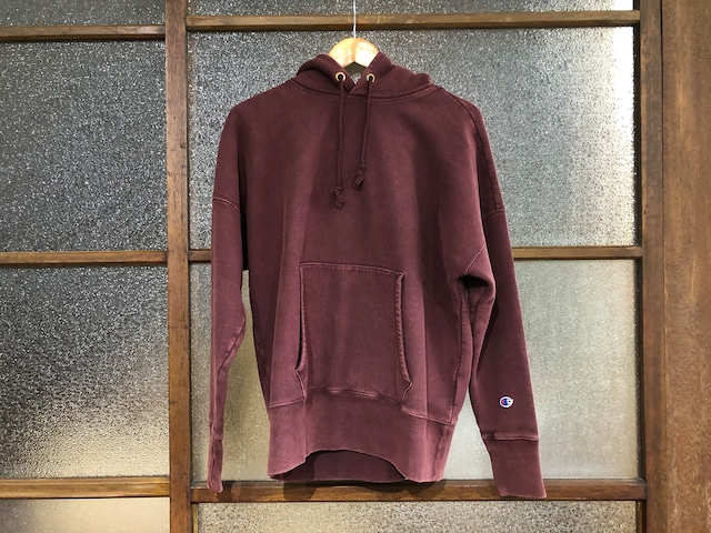 CHAMPION REVERSE WEAVE GARMENT DYED PULLOVER HOODIE (BURGUNDY)