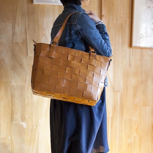 ランドセルの革製 / 編み革 / ショルダー付レザートートバッグ / キャメル