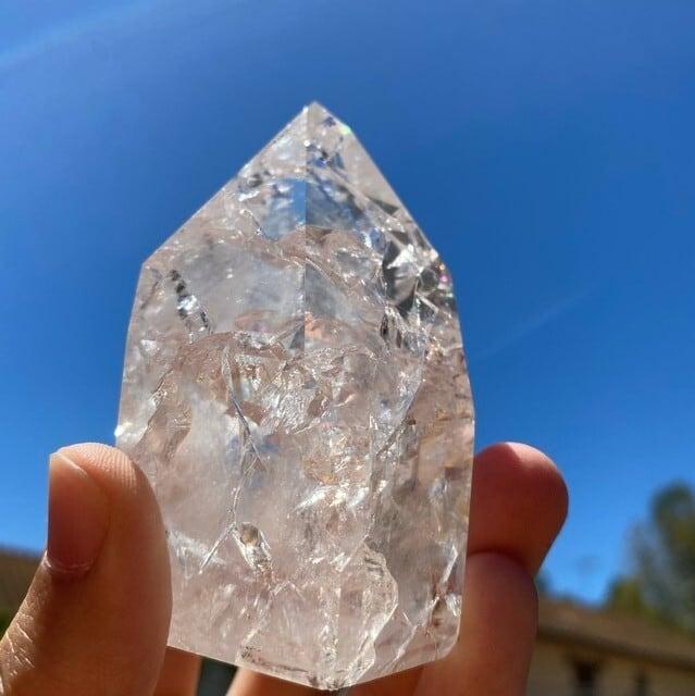 Healing Rock Gem Quartz for your room