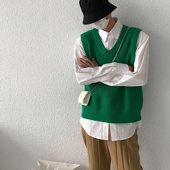 Rough fabric V-neck vest   b-509