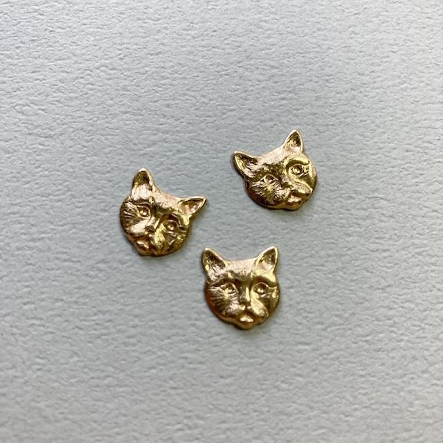 USA真鍮 いびつ猫顔パーツ