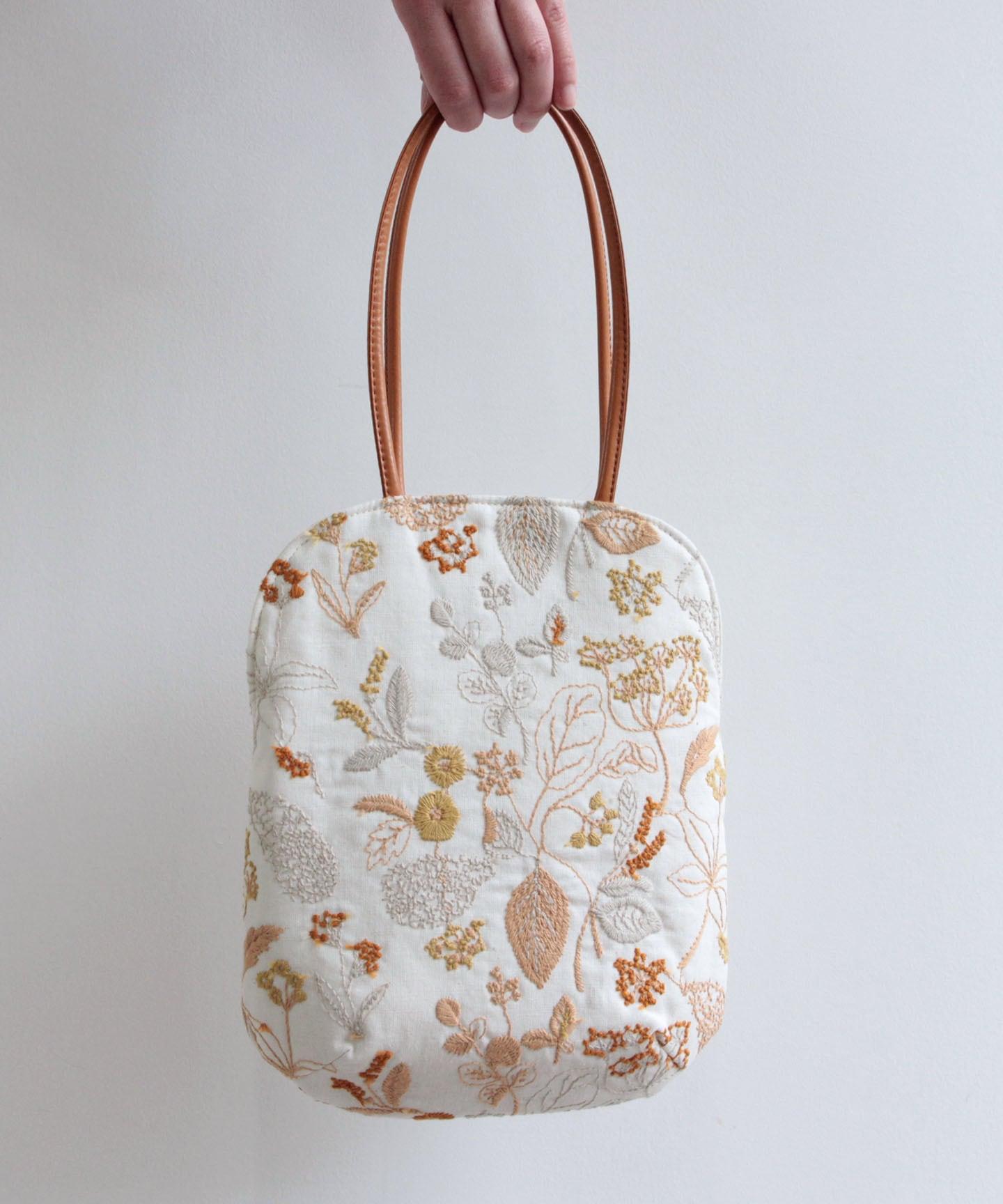 筆記帳刺繍のminiバッグ (bag001)