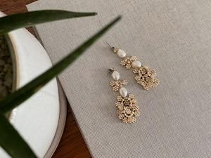 frill flower pearl pierce/earrings