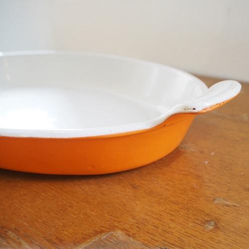 ヴィンテージ・ルクルーゼのオーバルグラタン皿 32
