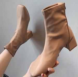 【翌日発送/サイズ違いで2点限定】Square short boots LD0268