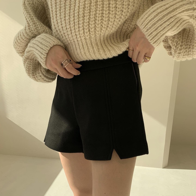 wool slit short pants