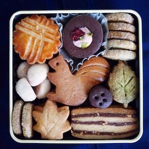 りすのクッキー缶 ×3缶   ギフトに
