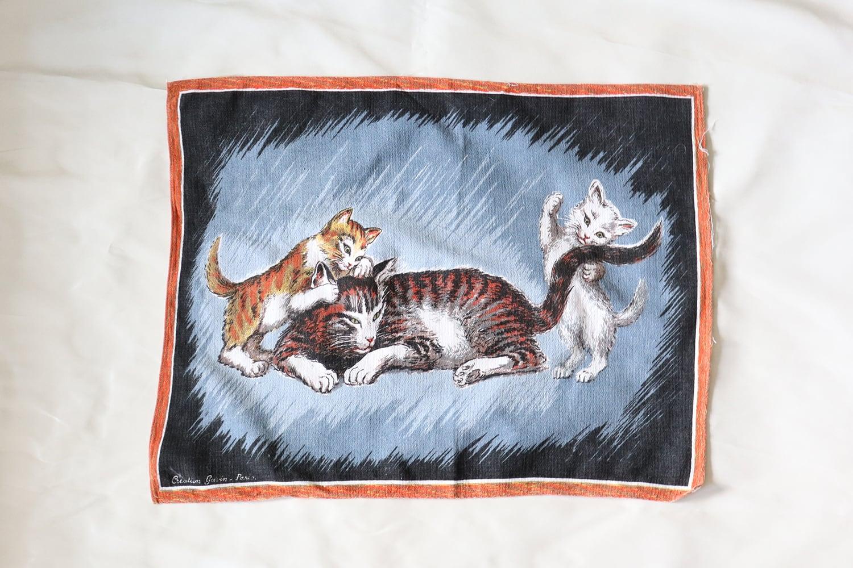 猫の親子のキッチンクロス