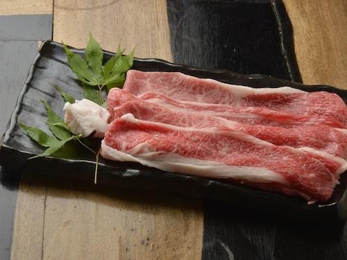 国産黒毛和牛to特上肩+バラ肉 (100g当たり)
