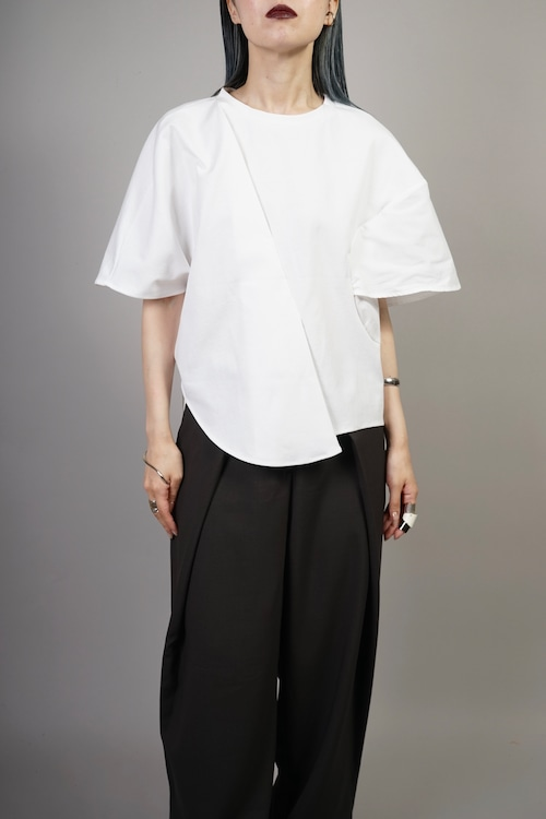 ASYM MIX MATERIAL SWITCHING TOPS (WHITE) 2106-72-64
