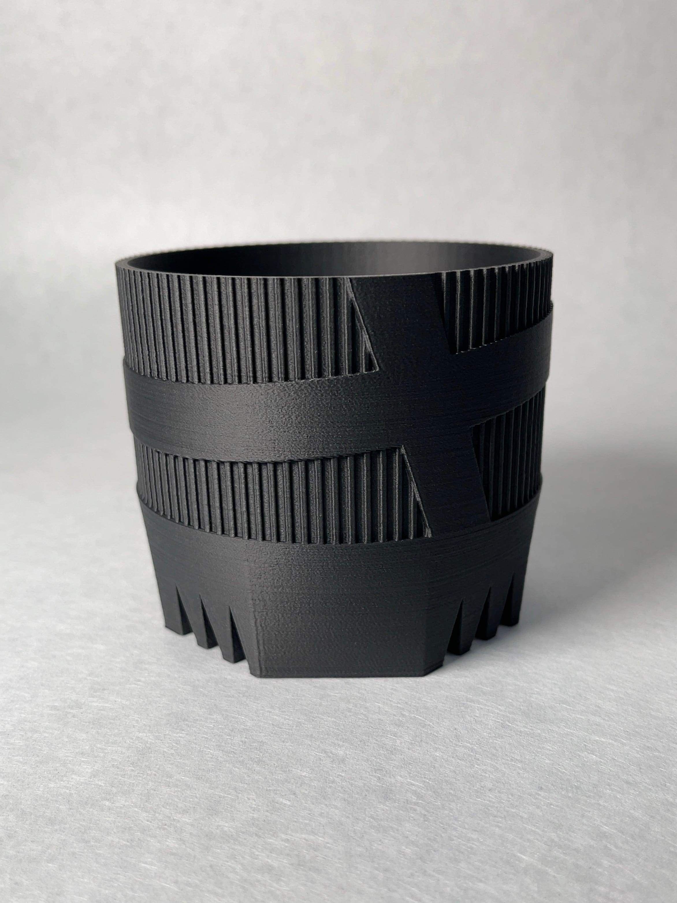 Plastic Pot t-1