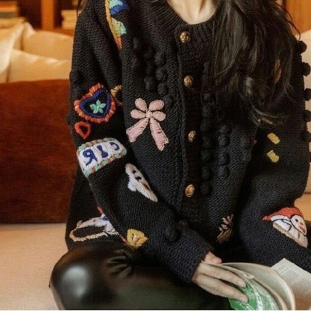 ニッチ刺繡ルーズラウンドネックニットカーディガン 2色 【210526】 大きいサイズあり