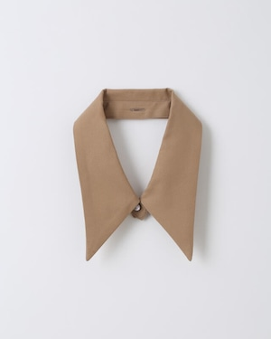 【付襟】Pointed collar