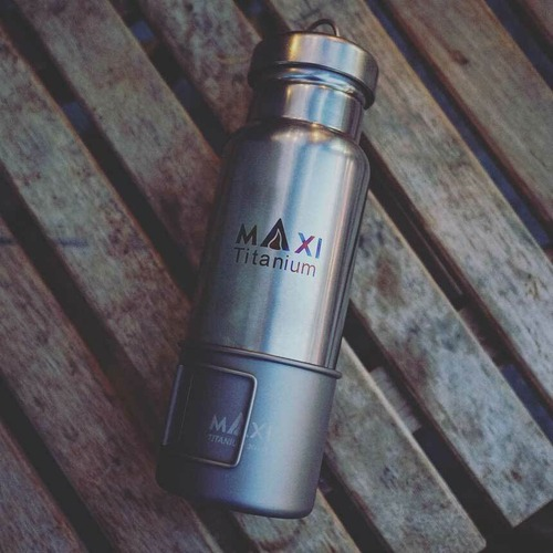 MAXI 800ml Titanium Water Bottle with 300ml Cup