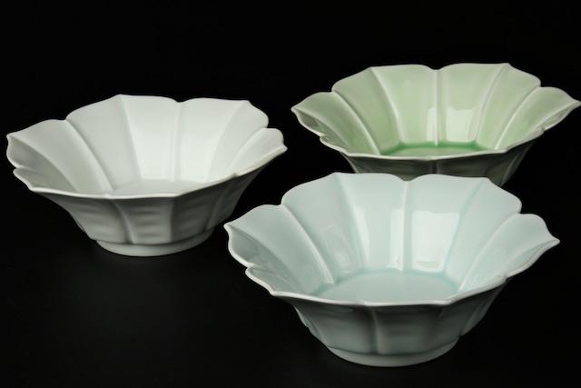 クレマチス反小鉢(白マット / 青白磁 / ビードロ) 波佐見焼