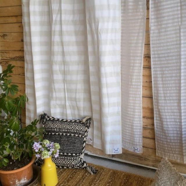 TOPANGA Homefurnishing  コットンシーチング ホワイトオンホワイトボーダーカーテン W110×H200cm