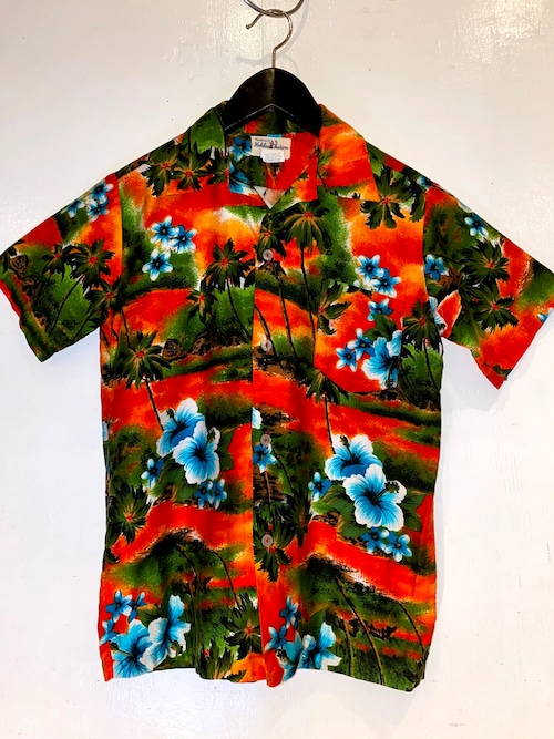 HUKILAU FASHIONS アロハシャツ