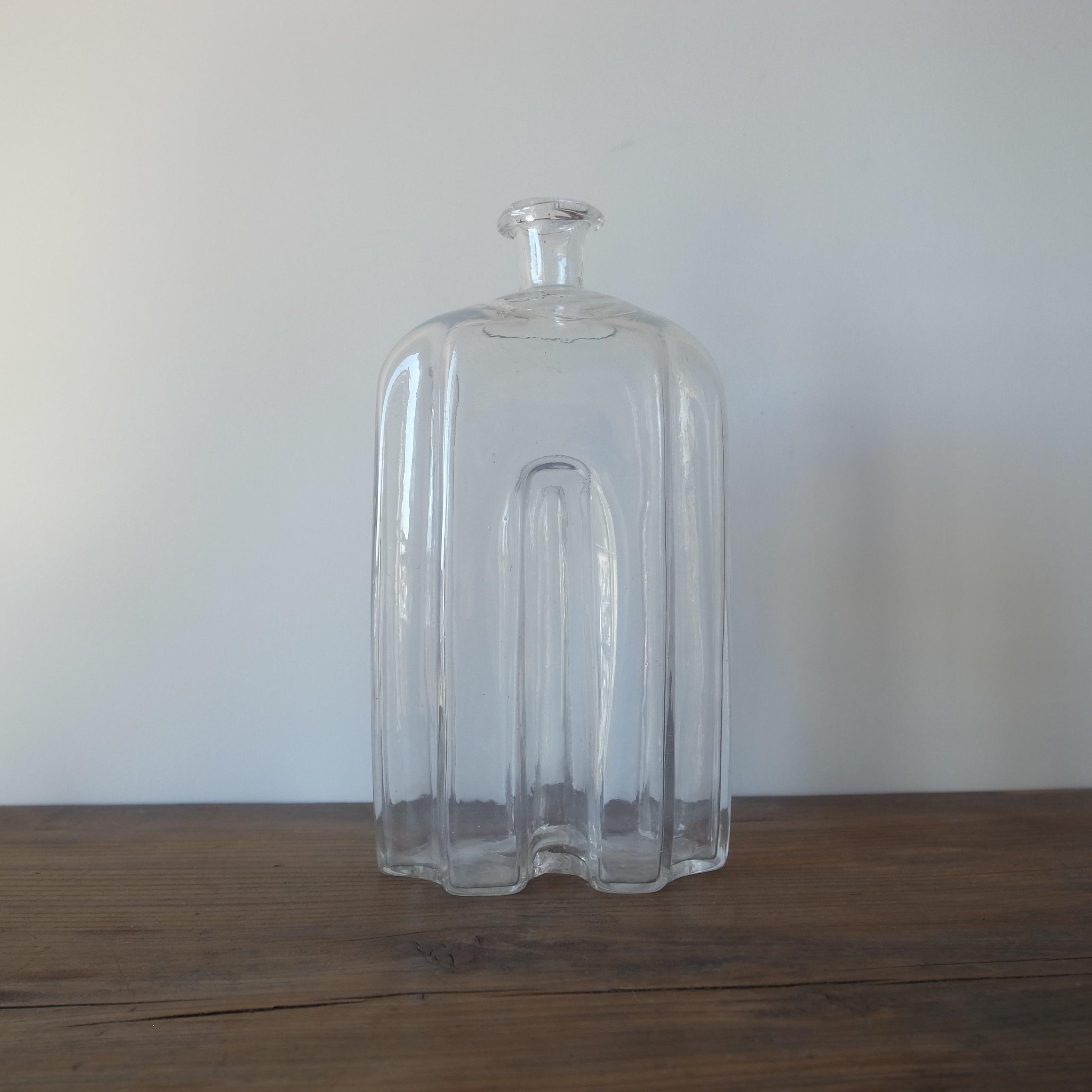 Snaps bottle