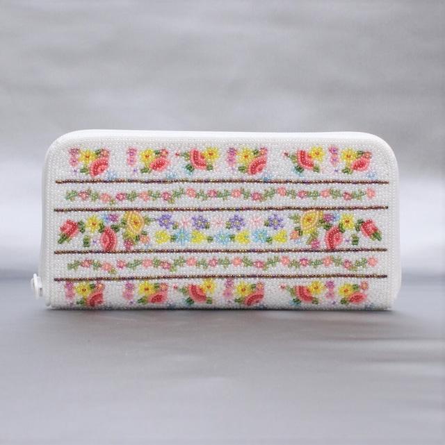 ビーズ刺繡 長財布 (#145 白ボーダー)