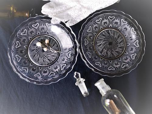 プレスガラス レース皿2枚 ドイツアンティークガラス