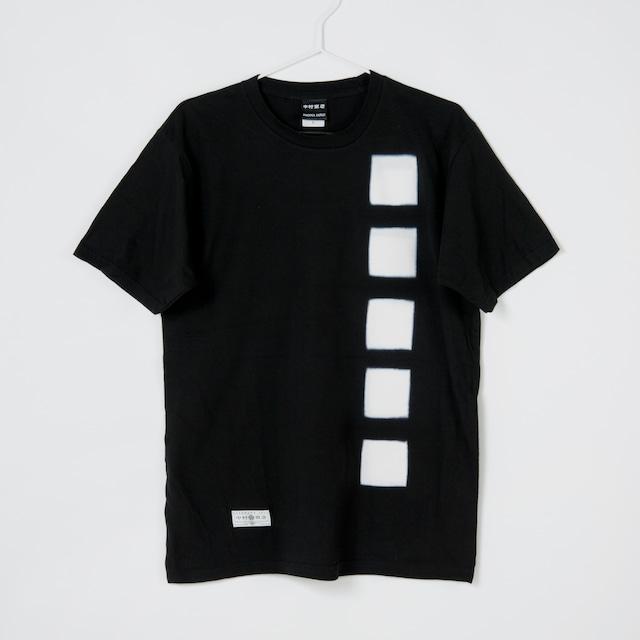 黒紋付染めTshirt 「黒紋 -くろもん-(Black crest)」3