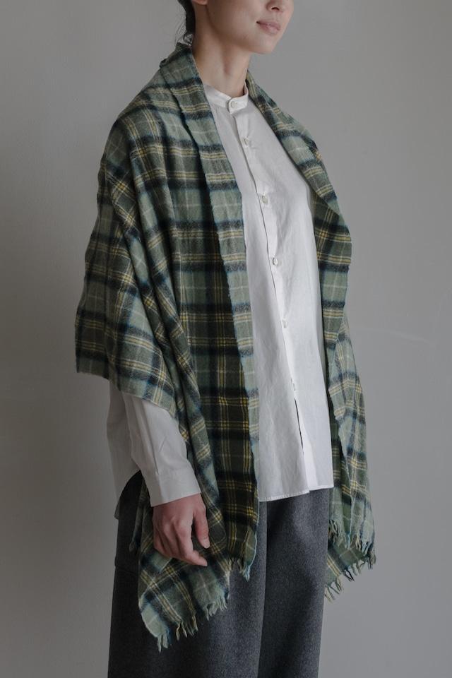 01652-1 check muffler / opal green