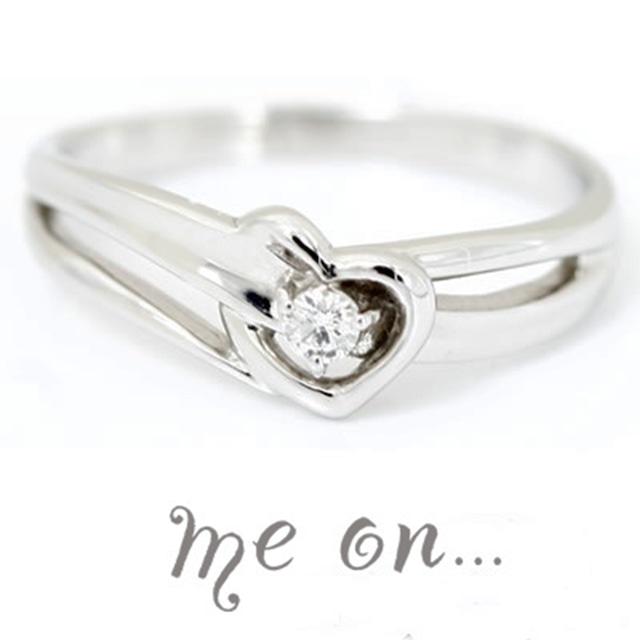 ★送料無料★【me on...】◆K10ホワイトゴールド◆ダイヤモンド・ハートリバーピンキーリング