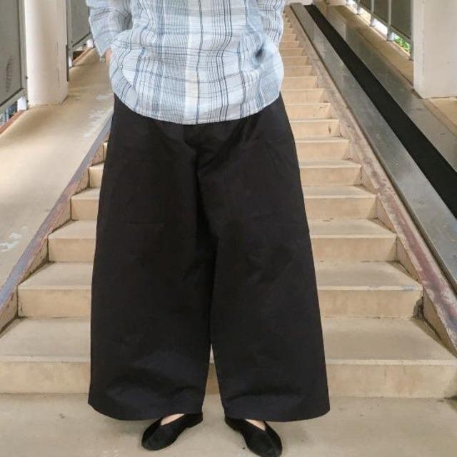 ICHI (イチ) ビッグポケットワイドパンツ ブラック