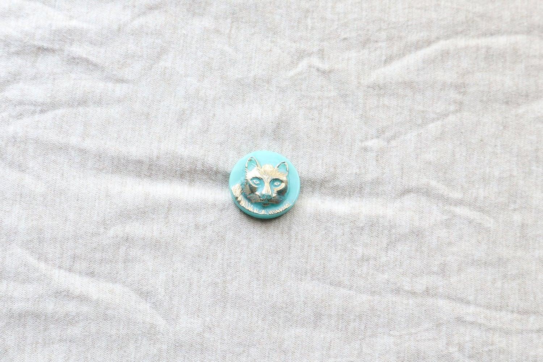 【チェコ】猫のガラスボタン/エメラルドグリーン