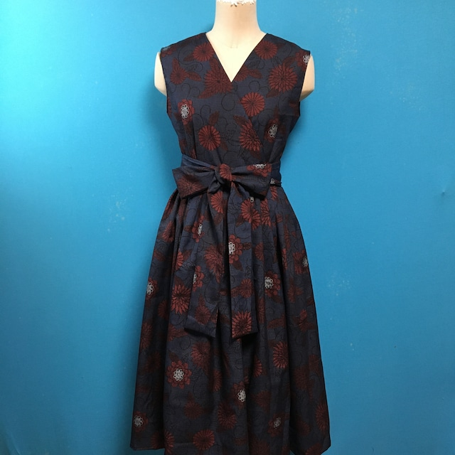 Vintage silk 着物のラップドレス