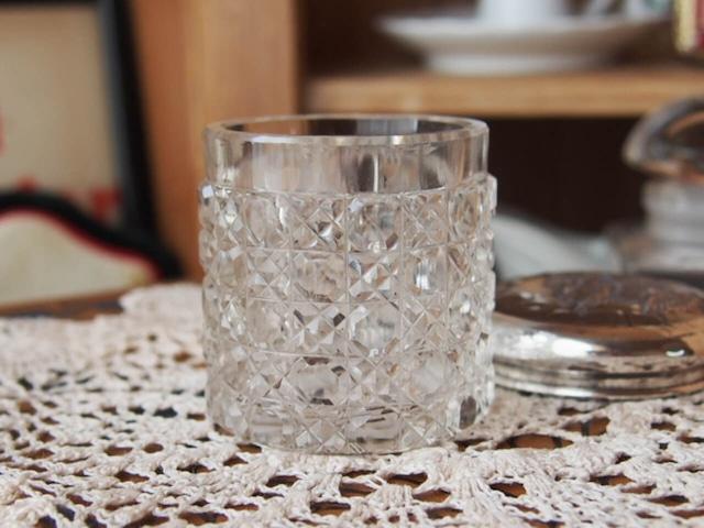 イギリスアンティーク エンジェルのガラスジャー