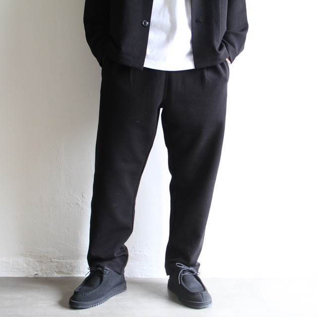 LAMOND  【 mens 】center press tapered pants