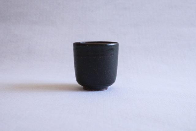■光藤佐  :  黒釉湯のみ