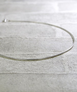 Y1812KHN15C1【YArKA/ヤーカ】silver925 simple circle necklace[tutu]/シンプルツツネックレス(チョーカー)