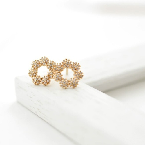 Crystal of snow cz pierce/earring silver925post