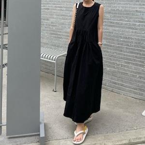 バックボタン ノースリーブワンピース | 韓国服 ブラック イエロー ロングワンピース
