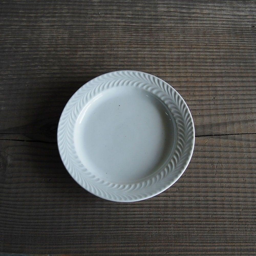 感器工房 波佐見焼 翔芳窯 ローズマリー リムプレート 皿 約18cm ホワイト 332914