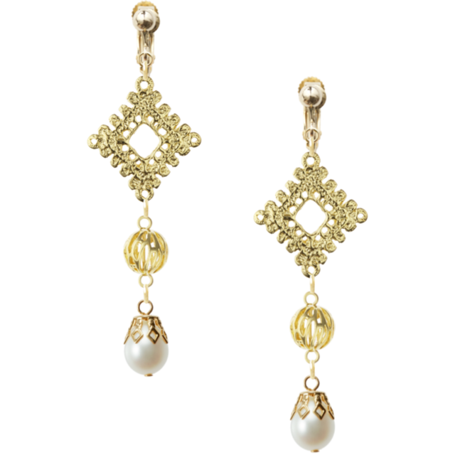 Antique Lace Design Pearl Earrings