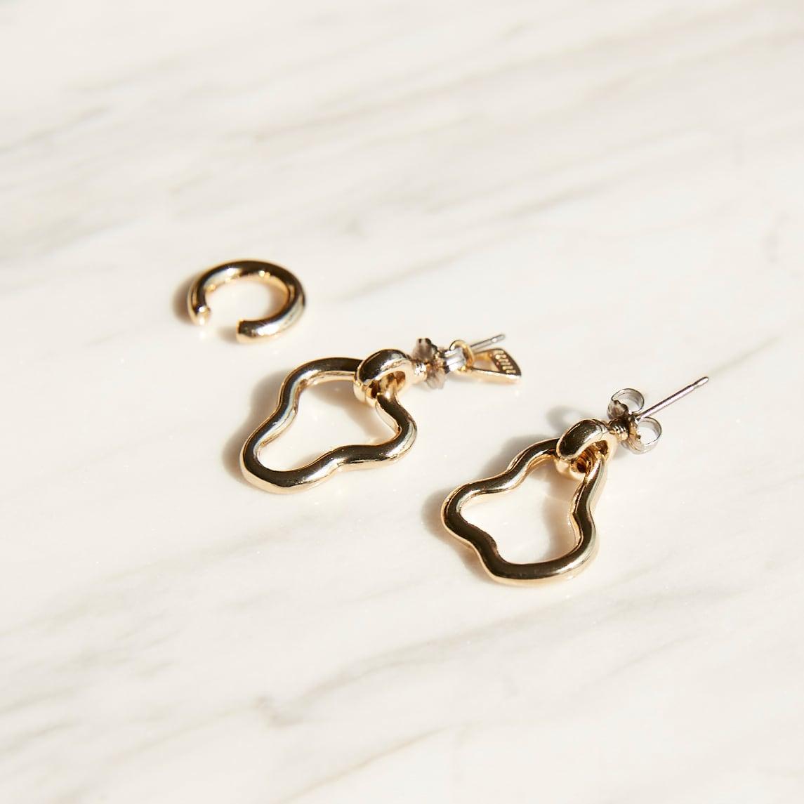 nim-12 Pierced earring