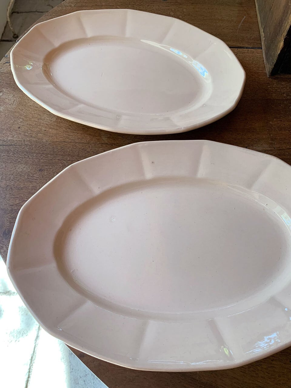 DIGOIN SARREGUEMINES 淡いピンクのオーバルプレート 皿
