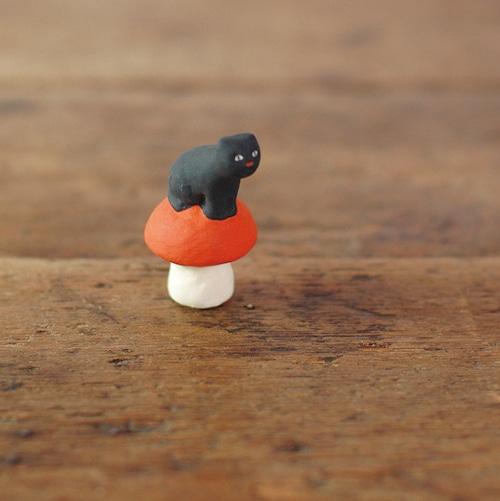 【にしおゆき】陶人形「長靴をはく前の猫」