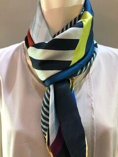 LARIOSETA スカーフ K588/10810