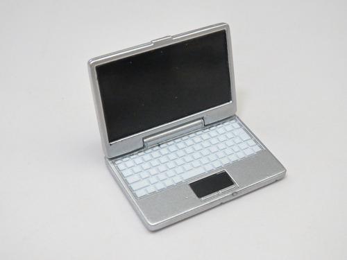 再入荷 ねんどろいどプレイセット #01 スクールライフAセット ノートパソコン