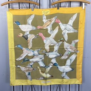 HERMES CARRES90 Sauvagine en Vol LARGE SIZE SILK 100% SCARF MADE IN FRANCE/エルメスカレ90シルク100%大判スカーフ(海を渡る鳥の群れ)